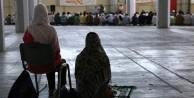Camisiz Atina'da bayram namazı kılınacak
