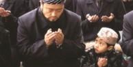 Çin, Doğu Türkistan'a uygarlık götürüyormuş!