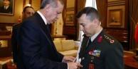 Erdoğan, darbeci yaveri çakı ile test etmiş!