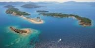 Denize döktüğümüz Yunan'ın.. Burnumuzun dibindeki adalarda ne işi var?