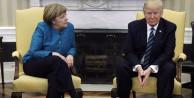 Donald Trump, Merkel'in ardından Twitter'a koştu