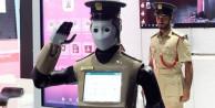 Dubai'den robot polise kota