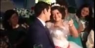 Düğünde damadı çileden çıkaran gelin /VİDEO