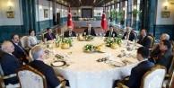 Erdoğan öğle yemeği verdi