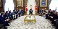 Erdoğan sanat ve spor camiasını kabul etti