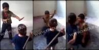 Suriyeli çocuğu küçük çocuğa dövdürdüler! (VİDEO)