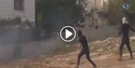 Filistinli gençlerden İsrail askerlerine taşlı saldırı