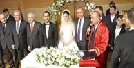Gürsel Tekin'in oğlu evlendi