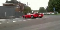 Hava atayım derken Ferrari'yi Parçaladı/ VİDEO