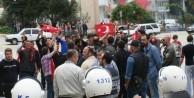 MHP ve HDP seçim büroları komşu olursa!