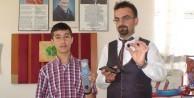 'İddia ediyorum dünyanın en küçük şarj edilebilir bataryası'
