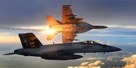 İki ABD savaş uçağı havada çarpıştı