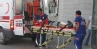 İki otomobil çarpıştı: 4'ü ağır 8 yaralı