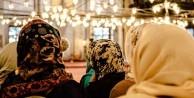 İlk  kadın camii tartışmalı olarak geliyor