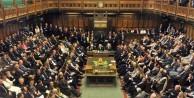 İngiltere'de gölge kabine çöktü: 10 bakan istifa etti