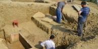İnşaattan 2200 yıllık lahit çıktı