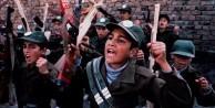 İran, çocukları askere almaya başladı!