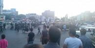 İran'da Türkler ayaklandı!