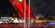 İstanbullular demokrasi nöbetini sürdürüyor