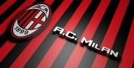 İtalya eski başkanı Berlusconi Milan'ın yüzde 48'ini sattı