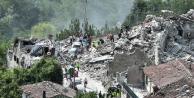 İtalya'da deprem: 120 ölü
