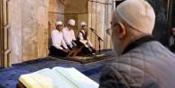 Kayseri'de tarihi camilerdeki geleneği çocuk hafızlar sürdürüyor