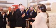 Kılıçdaroğlu nikahta bile 'evet' diyemedi