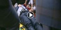 Korumasına araba çarptı, isyan etti!