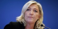 Le Pen'den flaş istifa kararı!