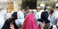 Mahremsiz Umreye gitmek caiz mi?