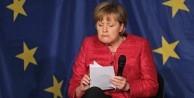 Merkel Ankara yerine İstanbul'a gelecek