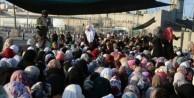 Mescid-i Aksa'da Cuma namazı öncesi izdiham