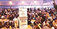 Mescid-i Aksa'nın avlusunda 26 bin kişiye iftar