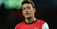 Mesut Özil, İngilizin tuzağına düşmedi!