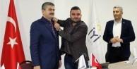 O isim Meral Akşener'in partisine katıldı
