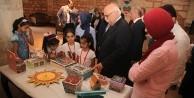 Milli Eğitim Bakanı Yetim Çocukları Sevindirdi
