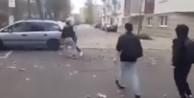 Mültecileri kabul eden belediye başkanını dövdüler!