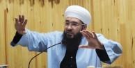 """""""Müslüman kimliğini belli edecek! Korkmayın Şeriattan, korkmayın Kur'an'dan arkadaş!"""""""