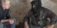 Nusra komutanı diye Esed askerini konuşturmuş!