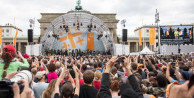 Obama, Berlin'de rockstar gibi karşılandı