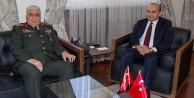 Orgeneral Özel'den Akdoğan'a iade-i ziyaret