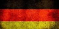 Almanya'da gazetecilere şok