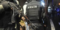 Polise roketatarlı saldırı: 2 yaralı