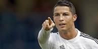 Ronaldo terk etti