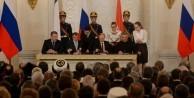Rus vekiller uçak krizi sonrası Ermeni soykırımı yalanını parlamentoya sundu