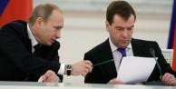 Rusya Başbakanı Medvedev'in toplantısında patlama