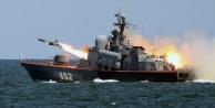 Rusya: DAEŞ'i denizden vurduk