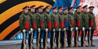 Rusya'da gösterişli kutlamalar