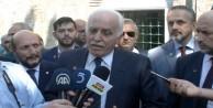 Saadet Lideri Kamalak, Bursa Ulu Camii önünde basın açıklamasında bulundu