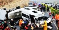Katliam gibi zincirleme trafik kazası!